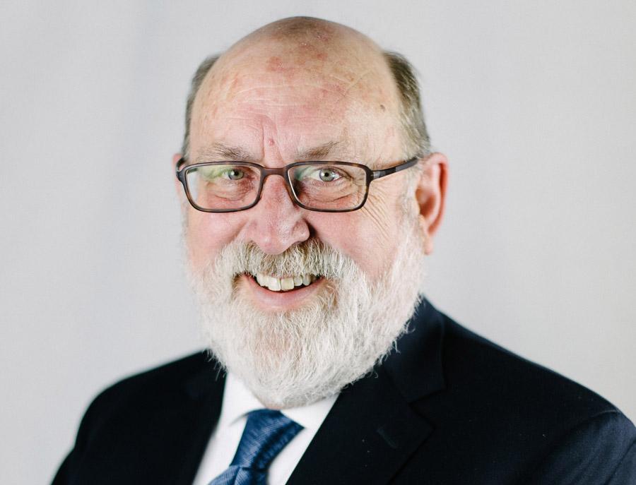 Dr. Benjamin Shaw
