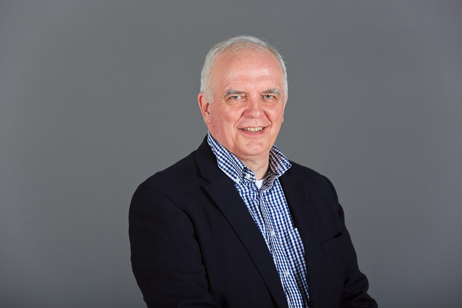 Dr. Ian Hamilton, DD